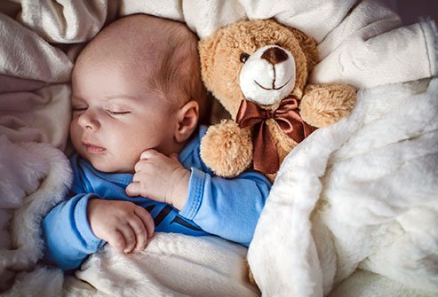 Pain from teething may disrupt a baby's normal sleep habits, which can lead to more daytime sleepiness that can result in symptoms of lethargy.