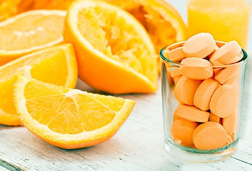 Picture of vitamin C, a supplement that can help protect against COVID-19.