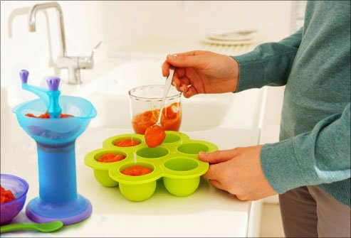 It's easy to make homemade baby food by pureeing or mashing organic fruits and veggies.