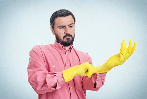 Latex gloves and condoms can cause an allergic skin reaction.
