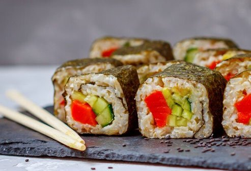 Salmon avocado rolls serve up omega-3s and B vitamins.