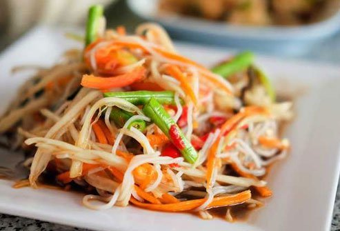 Papaya salad serves up fiber and vitamin C.