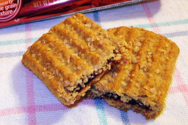 Choose breakfast bars that do not have added sugar, saturated fat, and sodium.