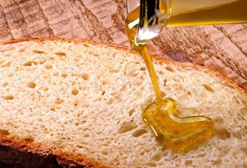 Olive oil is the fat of choice for better brain health.