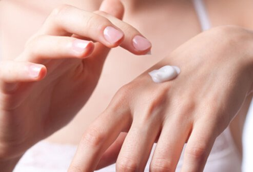 Keeping the skin well hydrated through the application of creams or ointments is an important step in treatment.