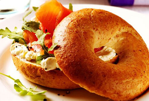 A healthy breakfast bagel sandwich.