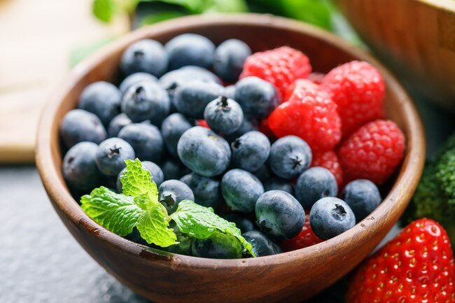 Antioxidant-rich berries protect artery walls and improve blood flow.