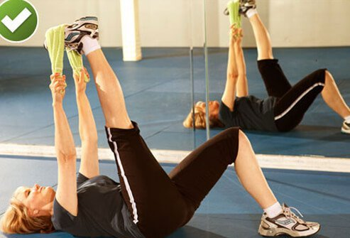 Hamstring stretches relieve the back of the leg, where some of the muscles that support the work of the lower back are found.