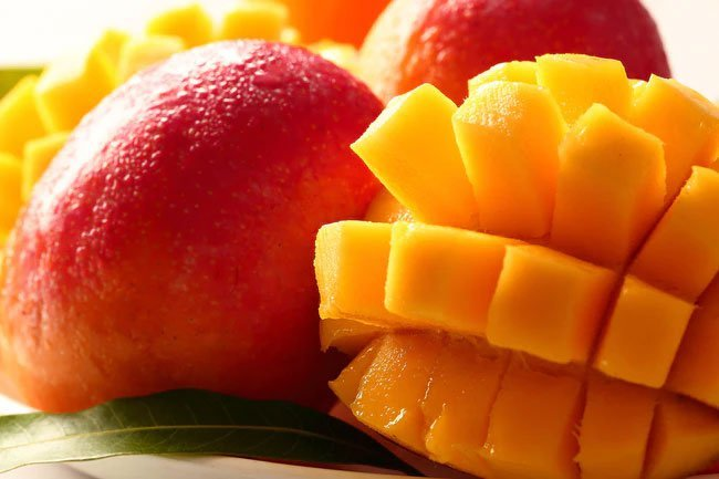 Mangos are high in soluble fiber.