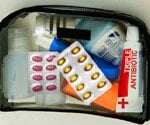 First Aid Pictures Slideshow: 8 First Aid Essentials for Car or Purse