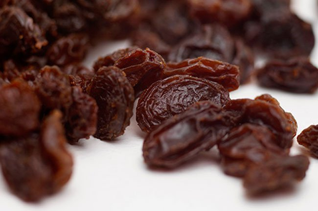 The supposed science behind why it works: The sulfur used to preserve raisins can prevent joint damage.