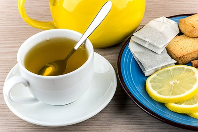 More research is still needed, but some of the antioxidants in green tea may actually slow cartilage destruction.