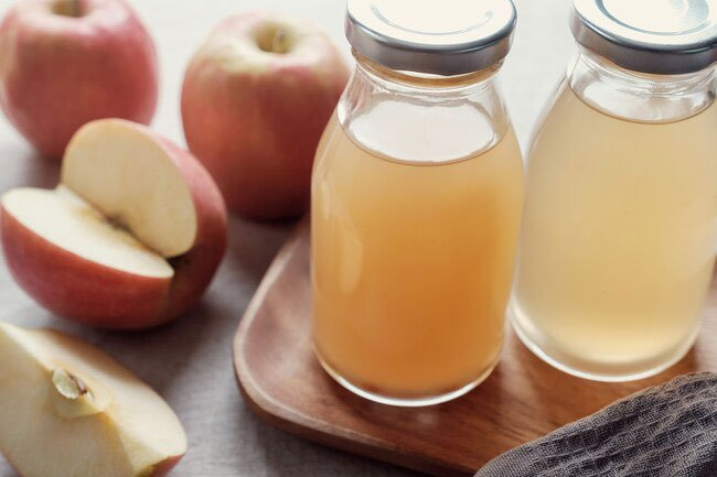 Reducing belly fat probably isn't one of the clever uses of apple cider vinegar.