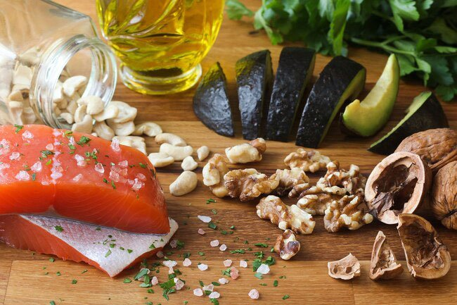 The right foods help prevent heart disease, diabetes, and other illnesses that sap your youthful energy.