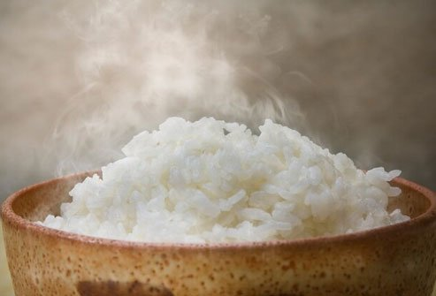 Frozen cooked rice cooks in seconds compared to traditional home-cooked rice.