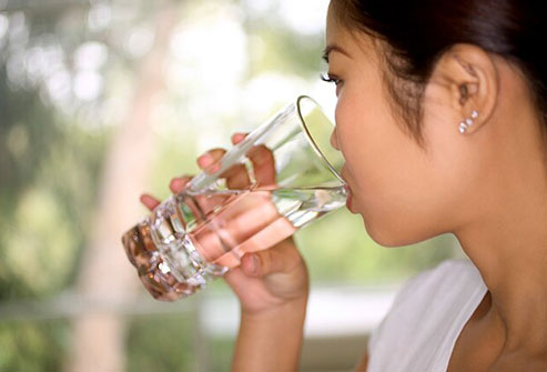 Staying hydrated and resting as much as you can may help minimize caffeine withdrawal symptoms.